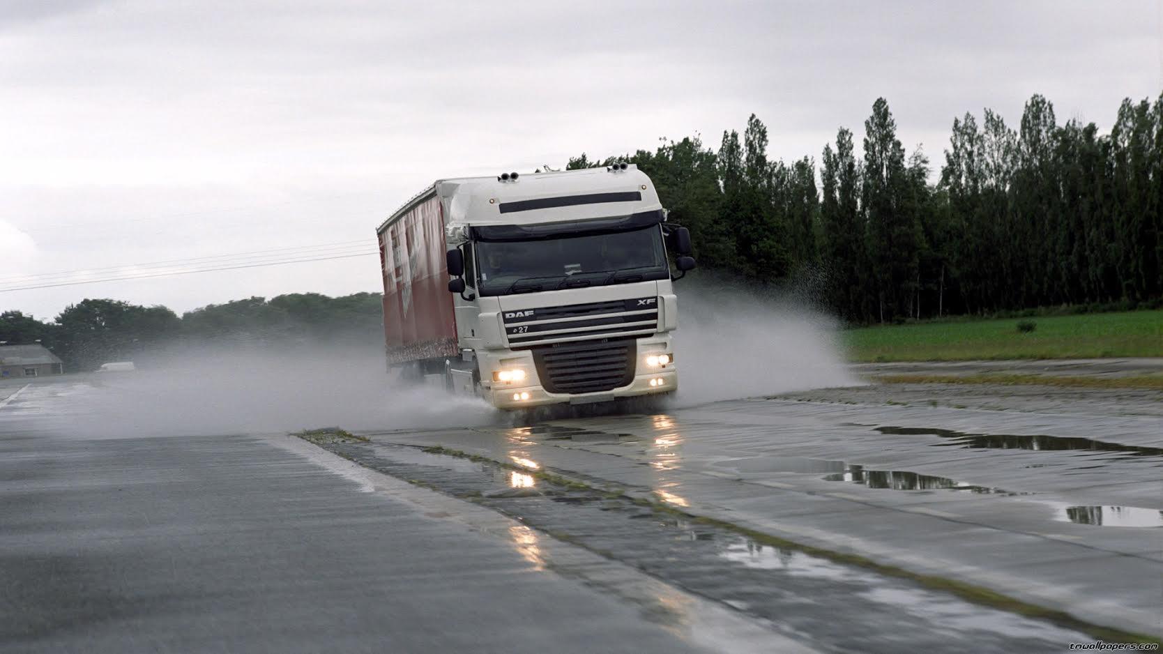 С 20 мая на федеральных трассах Алтайского края вводятся ограничения для большегрузов