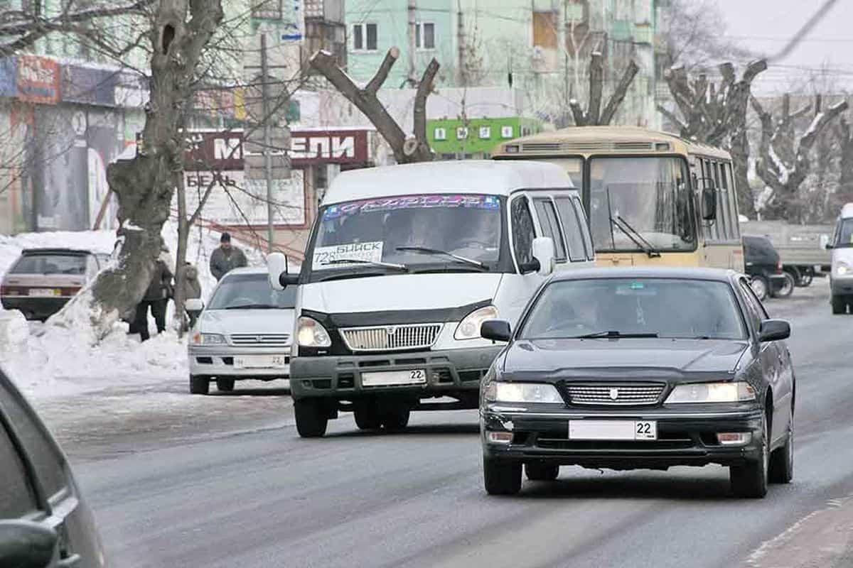 Камеры в России начнут штрафовать за выключенные фары