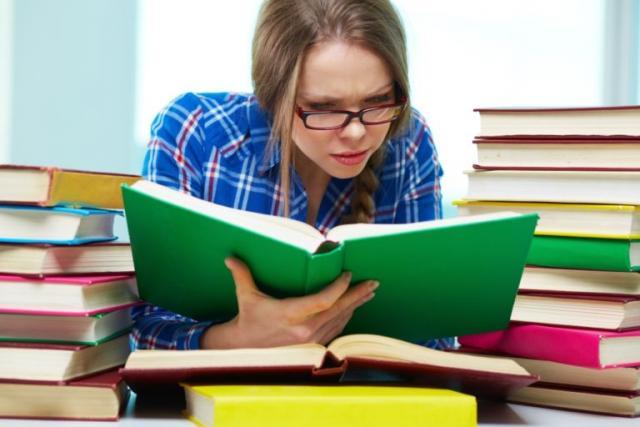 Легально заработать на написании дипломных работ не получится