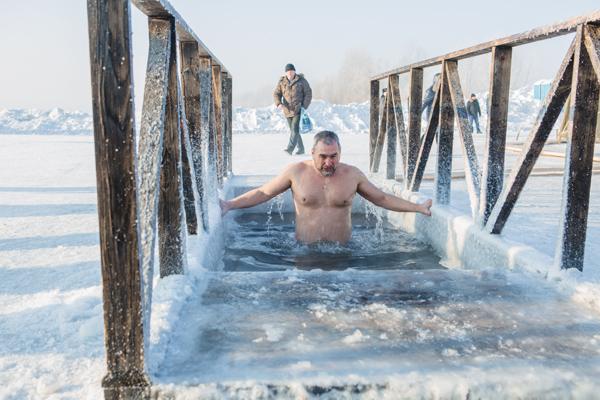 В Бийске началась подготовка к крещенским мероприятиям