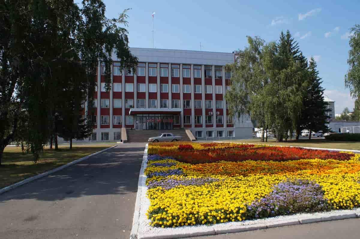 Чиновники администрации Бийска отчитались о доходах за 2020 год