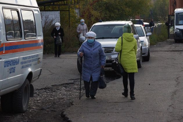 В России впервые зарегистрировано более 15 тысяч новых случаев заражения COVID-19 за сутки