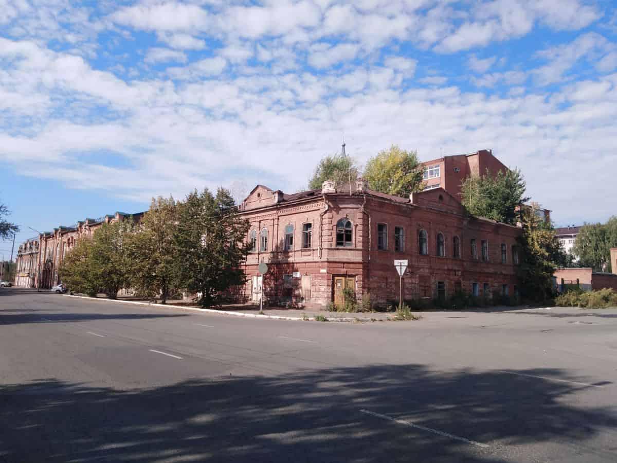 Дом купца Хакина может надолго остаться под фальшфасадом без реставрации