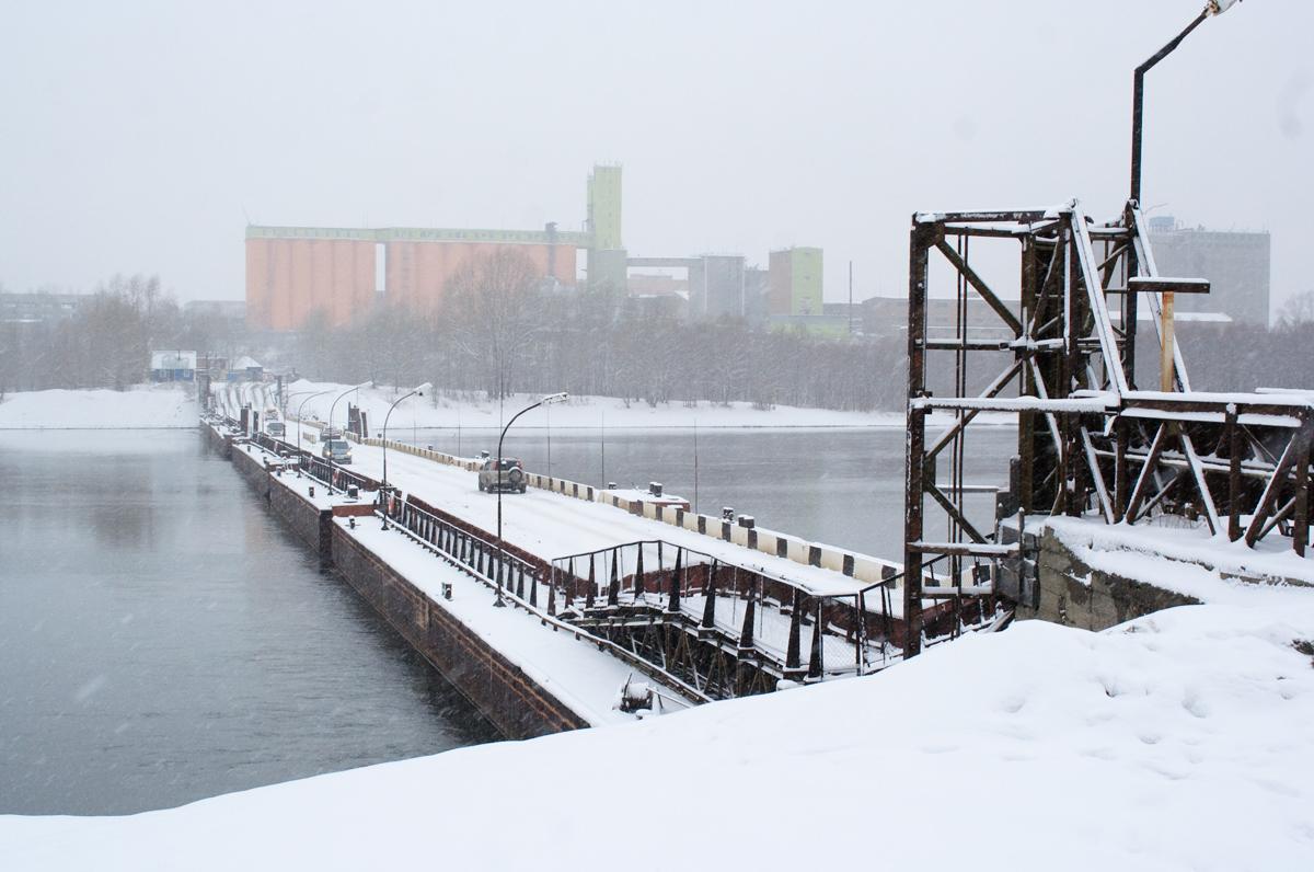 С 9 ноября движение по понтонному мосту будет закрыто
