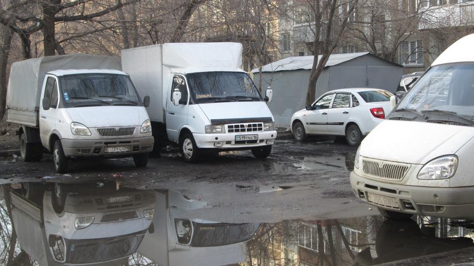 """С 1 января 2020 года в России будет запрещено оставлять """"Газели"""" на ночь во дворах"""