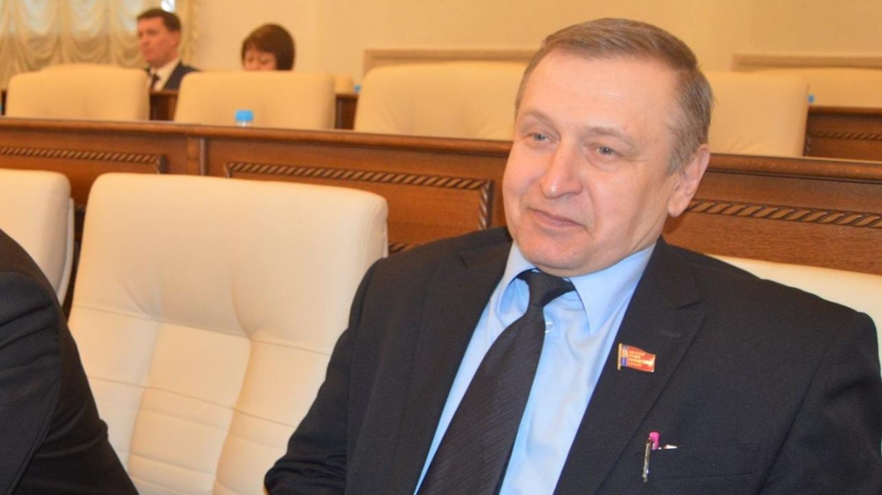Депутат фракции КПРФ от Бийска написал заявление о выходе из партии