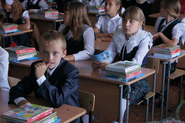 С 1 сентября во всех школах России вводится обязательный второй иностранный язык