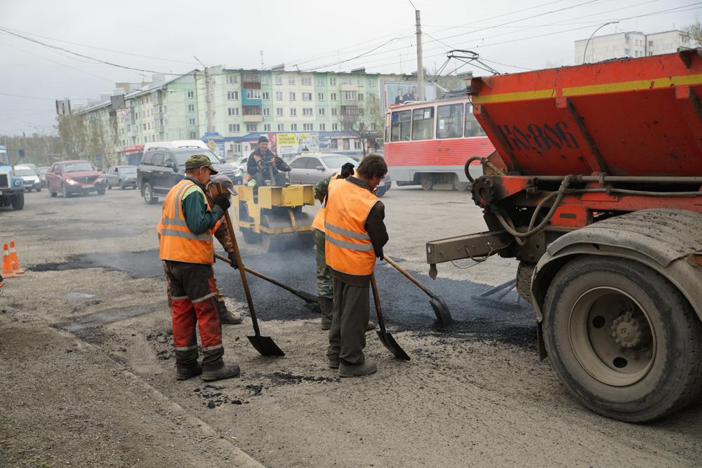 В Бийске отремонтируют еще два трамвайных переезда