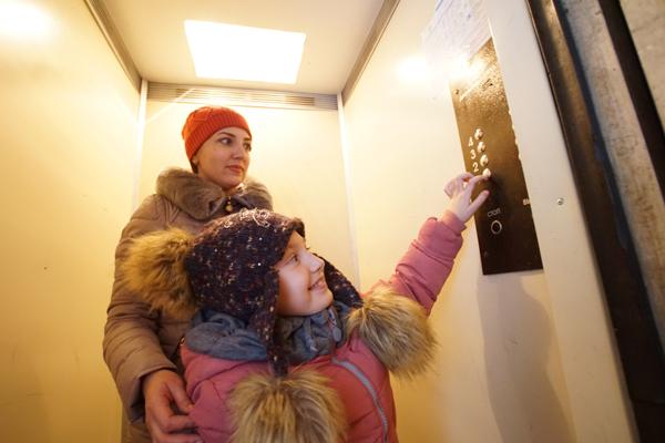 Сделать опасное безопасным: В городе активизируется работа по обновлению лифтов в жилых домах
