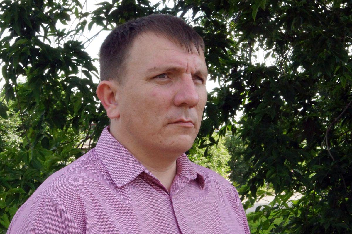 За одиночный пикет бийского депутата обязали выплатить штраф 10 тысяч рублей