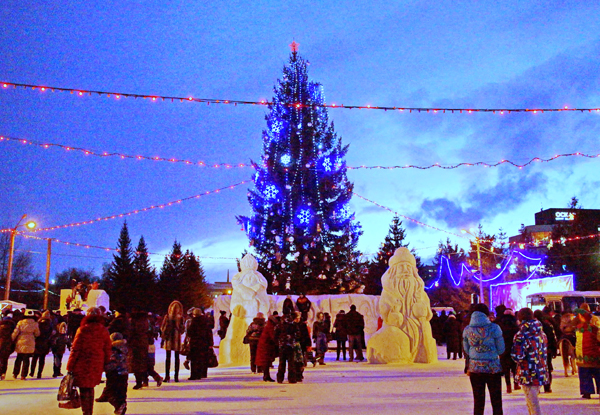 Снежные и ледяные городки в Бийске не будут демонтировать до периода таяния