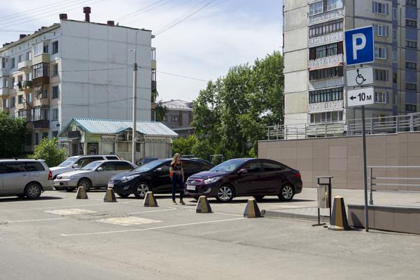 Бесплатные парковки станут заботой городских властей