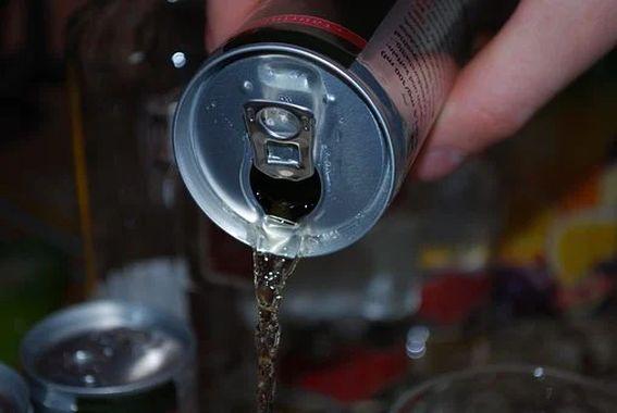 В Алтайском крае ограничили продажу детям энергетических напитков