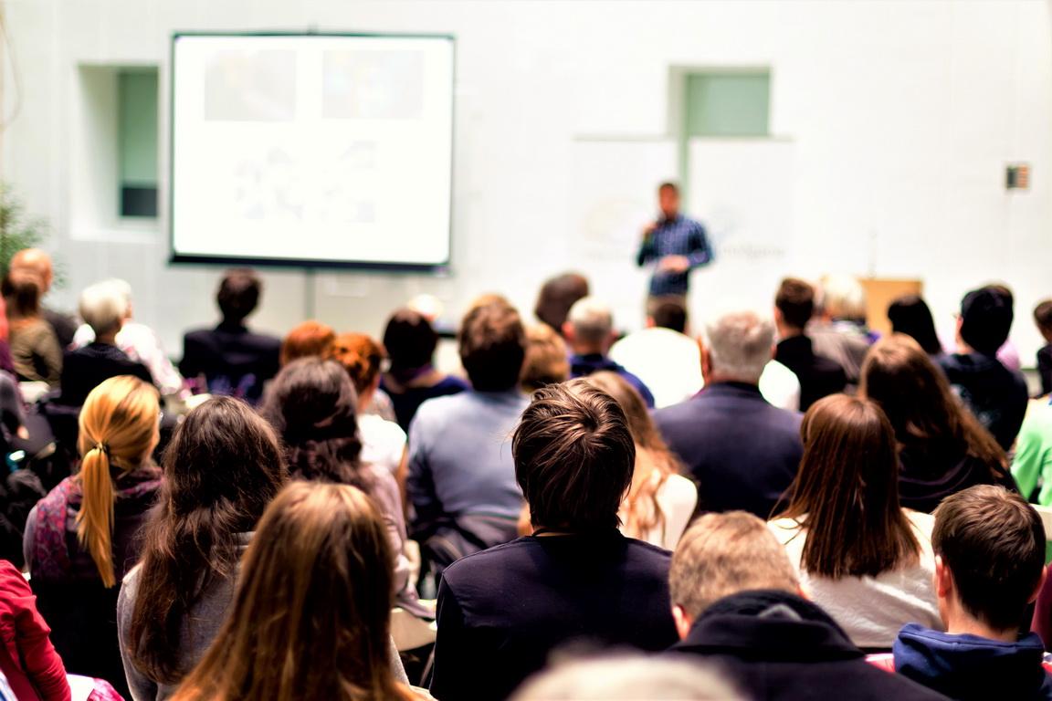 На бесплатном семинаре в Бийске расскажут 7 правил сохранения клиентов