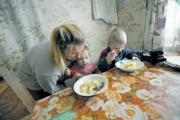 Картинки по запросу бедные семьи картинки