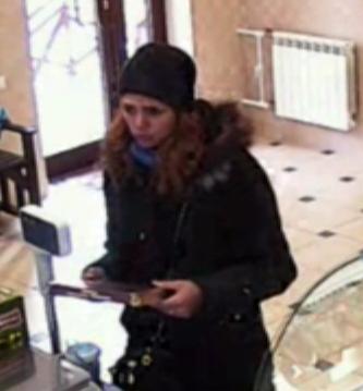 «5000 рублей не разменяете?»: на территории Алтайского края работает мошенница