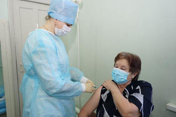 20 февраля в России будет зарегистрирована третья вакцина от коронавируса
