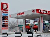 Четыре АЗС из Алтайского края попали в список с некачественным топливом