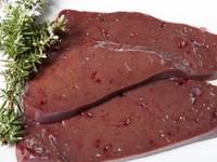 Опасная находка: жительница Бийска обнаружила в говяжьей печени червей