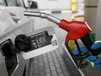 Новый скачок: оптовая цена на бензин выросла на 14%