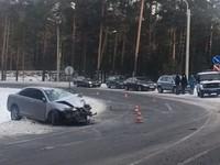 Авария с пострадавшими на Чуйском тракте: Honda влетела в грузовик MAN