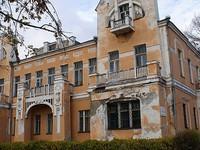 Виктор Томенко в ходе рабочего визита в Бийск отметил, что многие городские памятники требуют внимания