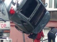 Бийский водитель на скорости влетел в жилой дом