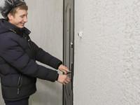 Дождались: в Бийске состоялось вручение ключей от новых квартир детям-сиротам