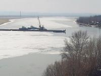 Понтонный мост разведен