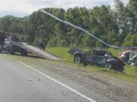 Под Бийском лоб в лоб столкнулись два автомобиля