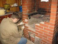 Отремонтировать электропроводку и печь помогут