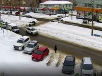 В Бийске на переезде Васильева - Липового стали застревать машины