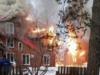 В Горном Алтае горит парк-отель «Манжерок»