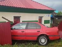 На Сибирской автомобиль пробил забор и влетел в стену дома