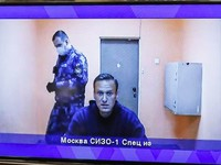 «Фонд борьбы с коррупцией» Алексея Навального перевезет студию и часть сотрудников в Грузию