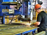 Больше работы: Рынок труда нуждается в рабочих специальностях