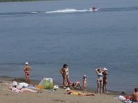 Пляжный сезон под вопросом