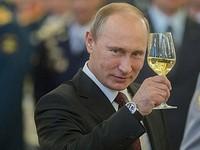 Владимир Путин согласился на просьбу Роспотребнадзора сделать дни между майскими праздниками нерабочими