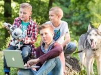 Когда компьютер на пользу: чем занять ребёнка летом в городе