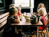 Бийск выделит средства на питание малообеспеченных детей