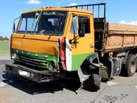 На автодороге «Бийск-Белокуриха» произошло серьезное ДТП с участием КамАза, есть погибшие