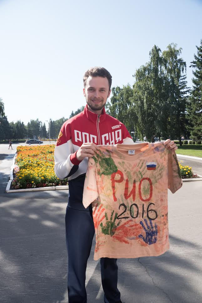 Серебряного призера Олимпийских игр Сергея Каменского встретили в Бийске