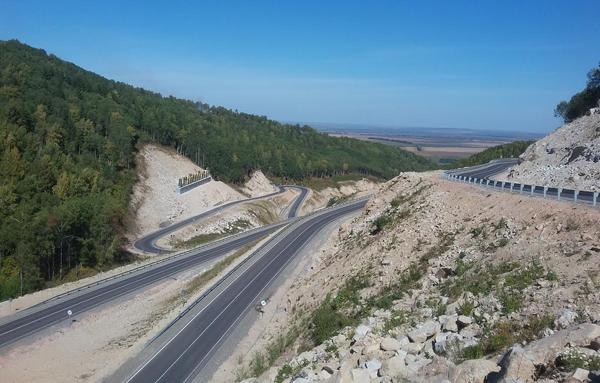 Строительный сезон на трассах Алтайского края завершен