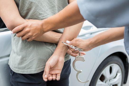 Задержанный мужчина оказался ранее судимым за наркотики